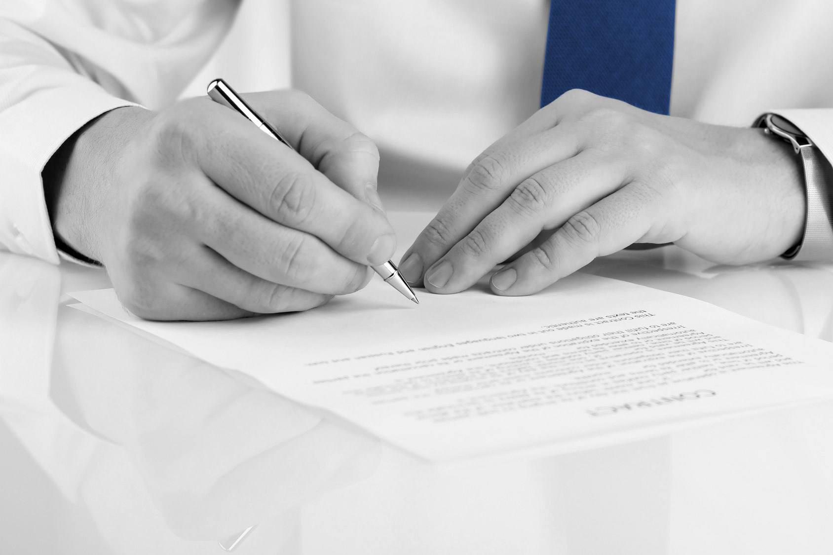 Contractual & Legal Advice